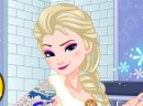 Play free game online Elsa gets inked. Spring walk - Play free game online